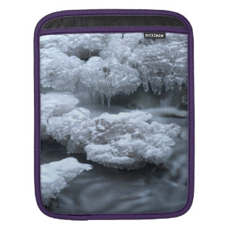 ICE AND WATER SLEEVE FOR iPads