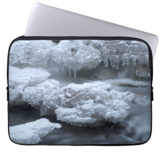 ICE AND WATER COMPUTER SLEEVE