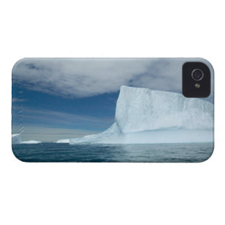Ice Bergs off of the southern tip of South 2 iPhone 4 Cover