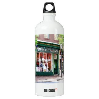 Ice Cream Parlor Alexandria VA Aluminum Water Bottle