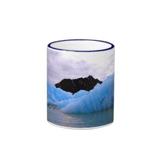 Iceberg de hielo azul taza