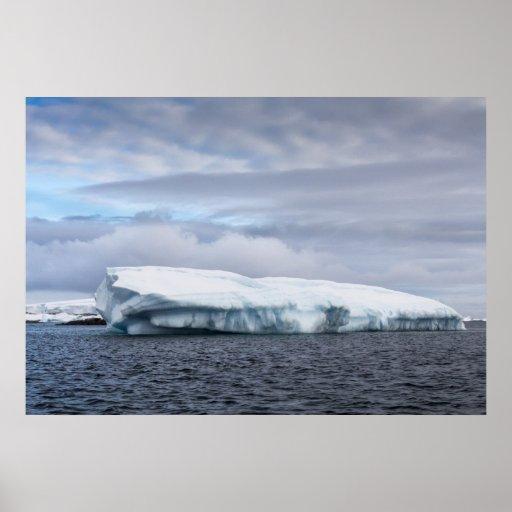 Iceberg en la Antártida Posters