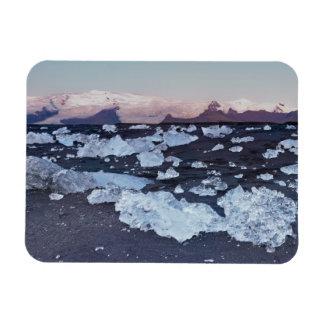 Iceberg formation on the beach rectangular magnets