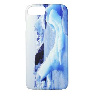 Icebergs at Jokulsarlon Lagoon iPhone 8/7 Case