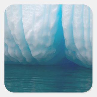 Icebergs de la visión en azul en el canal de Errer Colcomanias Cuadradas Personalizadas