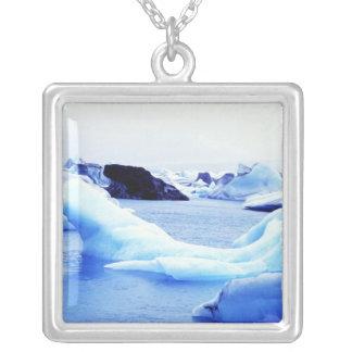 Icebergs en la laguna de Jokulsarlon Colgante Cuadrado