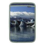 Icebergs negros y azules, Islandia Fundas Para Macbook Air