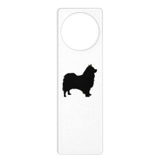 Icelandic Sheepdog silo black.png Door Hanger