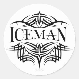 Iceman tribal del hockey (llano) pegatina redonda