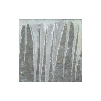 icey.jpg stone magnet