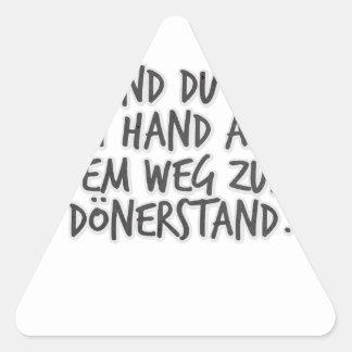 Ich und du Hand in Hand auf dem Weg zum Dönerstand Triangle Sticker