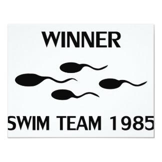 """icono 1985 del equipo de natación del ganador invitación 4.25"""" x 5.5"""""""