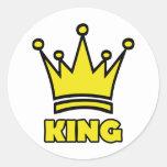 icono de oro de la corona del rey etiqueta redonda