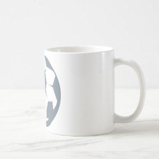 Icono del balón de fútbol taza de café