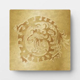 Icono del dragón del oro en el oro - 1 - placa