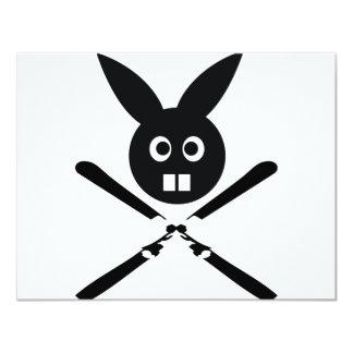 """icono divertido del conejito del esquí invitación 4.25"""" x 5.5"""""""