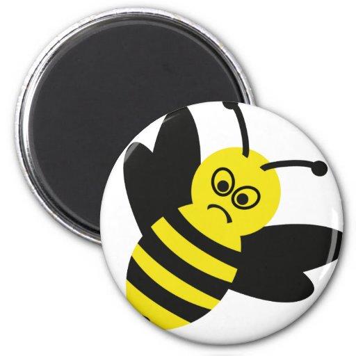 icono enojado de la abeja iman de nevera