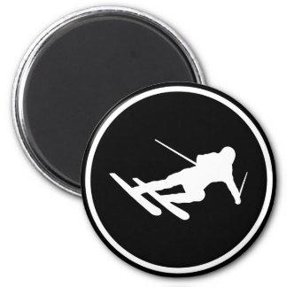 icono negro del esquí del esquí cuesta abajo imán redondo 5 cm
