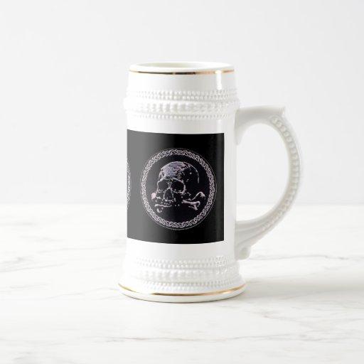 Icono redondo del cráneo del vintage taza de café