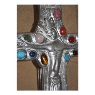 Icono religioso tachonado con la invitación de las
