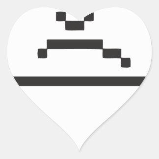Icono triste del ordenador pegatina en forma de corazón