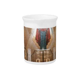 Iconos de la capilla que pintan el fresco jarra