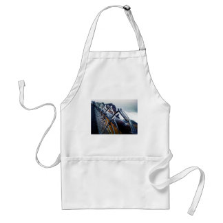 Icy Fence Apron