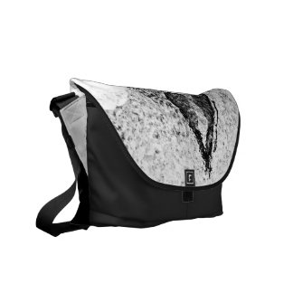 icy seeds in love messenger bag