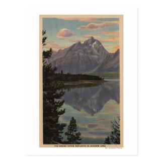 Idaho - reflexión magnífica de Teton en el lago Postales