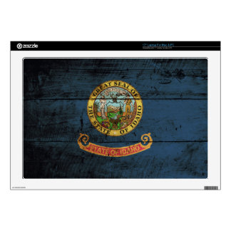 "Idaho State Flag on Old Wood Grain Decals For 17"" Laptops"