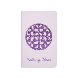 Ideas púrpuras del encaje de fantasia cuadernos grapados