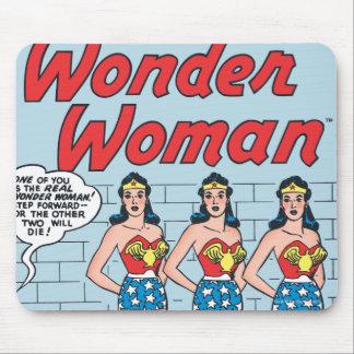 Identidad triple de la Mujer Maravilla Tapetes De Ratón