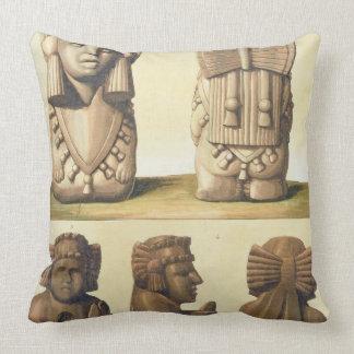 Ídolos aztecas, México (litografía de color) Cojín
