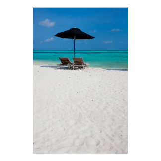 Idyllic tropical beach at Maldives Poster