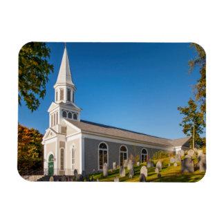 Iglesia católica de St Bernard con la colina vieja Rectangle Magnet