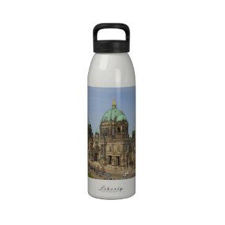 Iglesia colegial de la parroquia suprema de la cat botella de beber