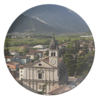 Iglesia colegial por mañana, Arco, Trento Plato De Cena