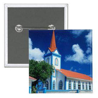 Iglesia colorida en la isla de Tahaa en Pin Cuadrada 5 Cm