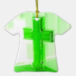 Iglesia cruzada de madera verde de la imagen de la ornamento para arbol de navidad
