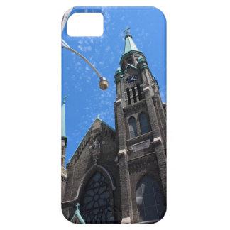 Iglesia de la vecindad de la ciudad, Milwaukee, WI iPhone 5 Funda