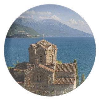 Iglesia de St. John el teólogo en Kaneo encendido Platos De Comidas