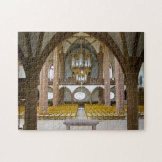 Iglesia de St Leonard en rompecabezas de Basilea