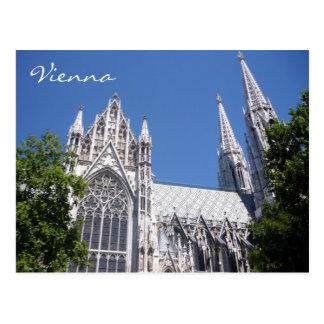 iglesia de Viena del votiv Postales