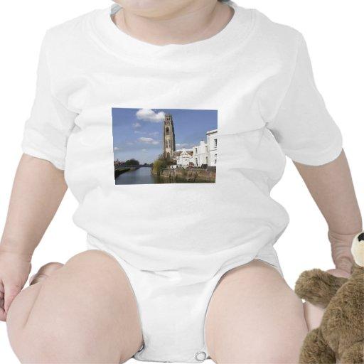 Iglesia del St Botolph Traje De Bebé