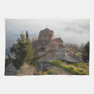 Iglesia del St. Jovan en el lago Ohrid, Macedonia Toallas