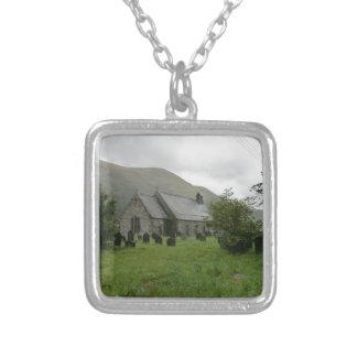 Iglesia del St Tydecho en Llanmawddwy, Gwynedd Colgante Cuadrado