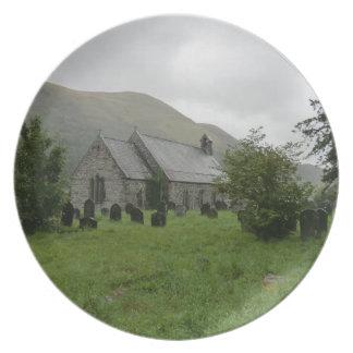 Iglesia del St Tydecho en Llanmawddwy Gwynedd Plato De Comida