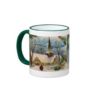Iglesia del vintage en invierno taza a dos colores
