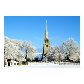 Iglesia en la nieve postal