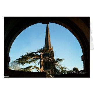 Iglesia en la puerta 1 tarjeta de cumpleaños